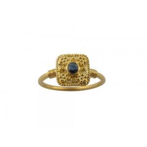 Βυζαντινό δαχτυλίδι με κοκκίδωση από χρυσό Κ18 με μπλε ζαφείρι